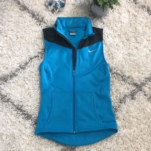 Nike fit therma athletic vest